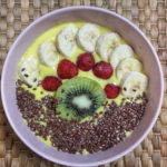 Smoothie bowl (video)